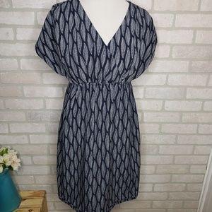 H&M Mama Feather Print Maternity Dress